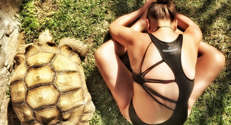Курмасана. Поза черепахи