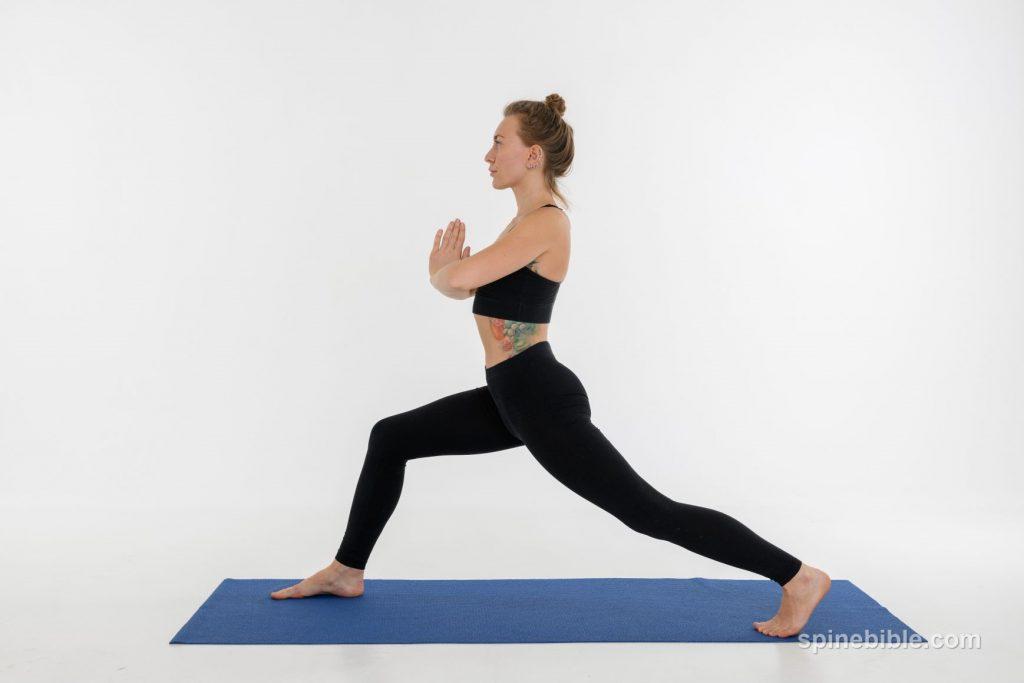 Асана йоги. Вирабхадрасана. Поза воина
