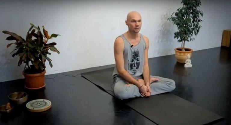 Асаны йоги для снятия напряжения и укрепления мышц спины